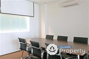 Fully Furnished and Full Facilities Office Suite