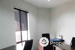 A Private Executive Office Space in Plaza Damas