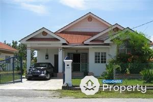 Pantai Sepang Putra (Semi-Detached)